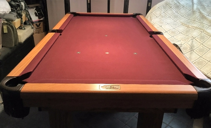 PRICE REDUCED DUFFERIN X SlateOakLeather Burgundy Felt Pool - Dufferin pool table