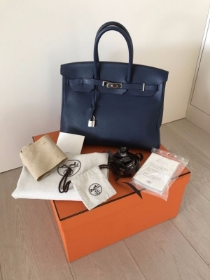 433357256e07 Purchased at HERMES in France in March 2015. Purchase price 2015  7400 euros  - Price 2017  8000 euros .... Several months on waiting list to get the same  ...