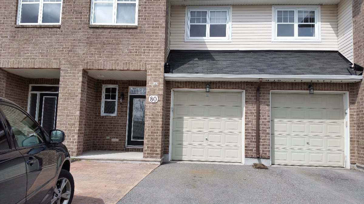 Spacious 3 Bedroom 2 Bath Townhouse Available July 1 Freehold Residential For Rent